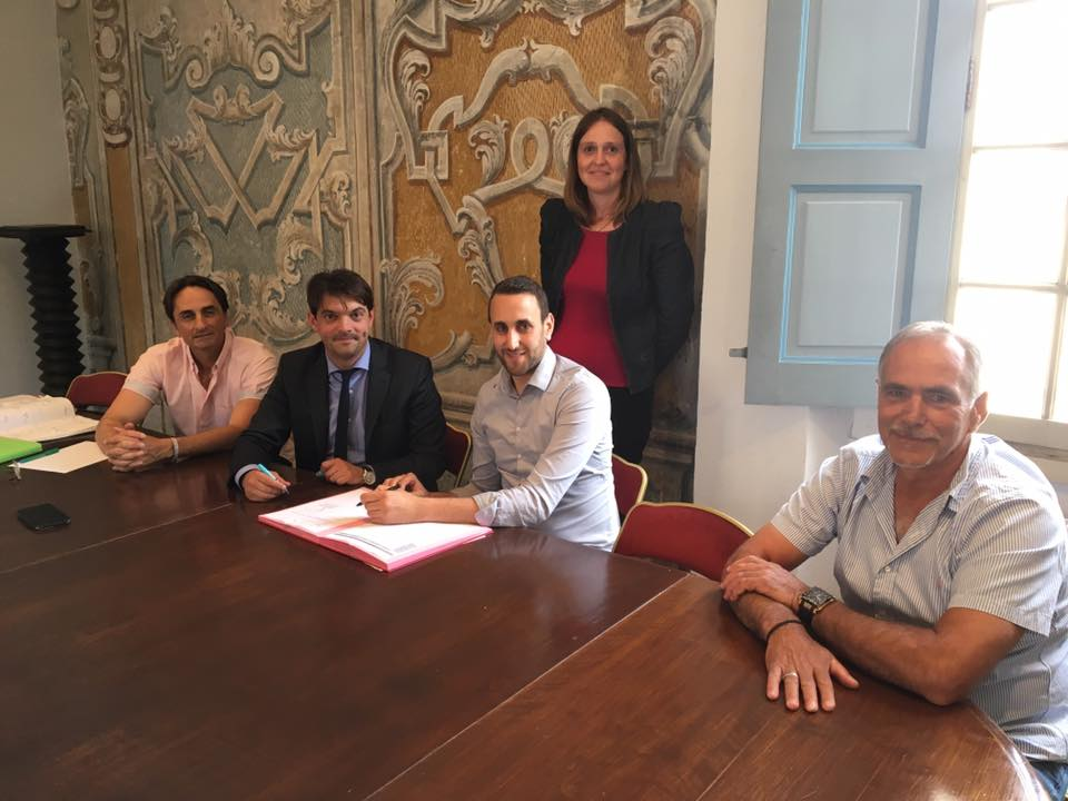 Signatures de conventions triennales avec les clubs sportifs grassois 04