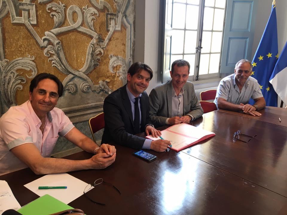 Signatures de conventions triennales avec les clubs sportifs grassois 05