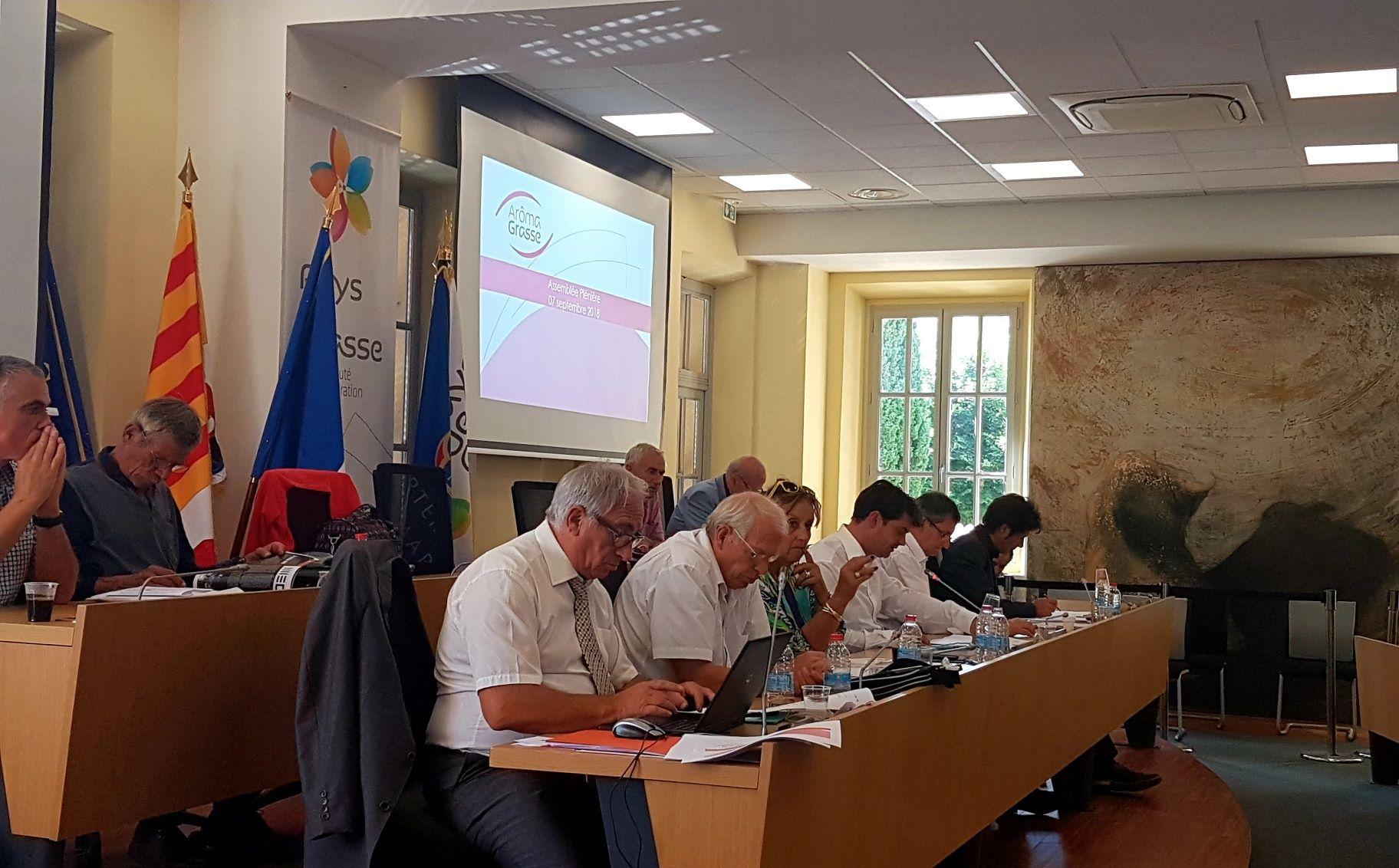 Bilan avec les élus communautaires de l'opération Aroma Grasse 01