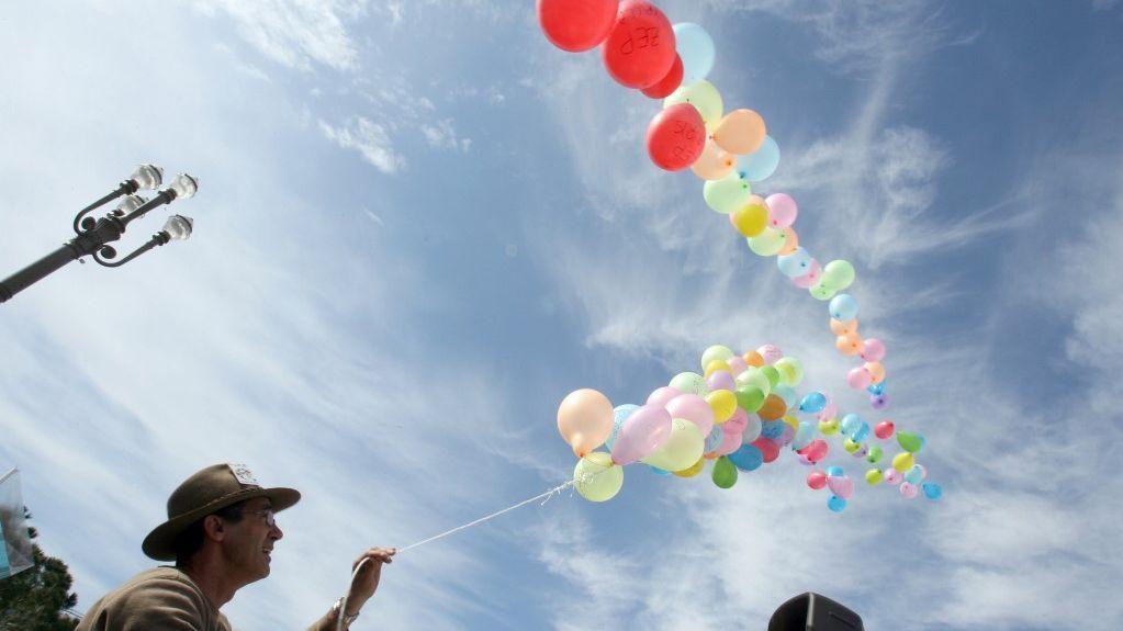 Les lâchers de ballon, c'est terminé dans les Alpes-Maritimes. / © Valéry Hache / AFP